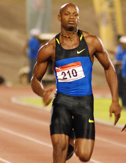Powell will not commit to defending Commonwealth Games 100m title