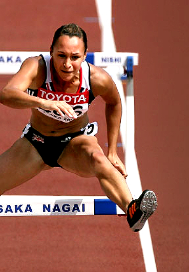 Jessica Ennis Sets Record And Beat Lolo Jones In Glasgow