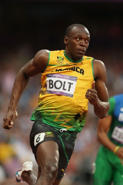 NFL star Adrian Peterson wants to race Usain Bolt