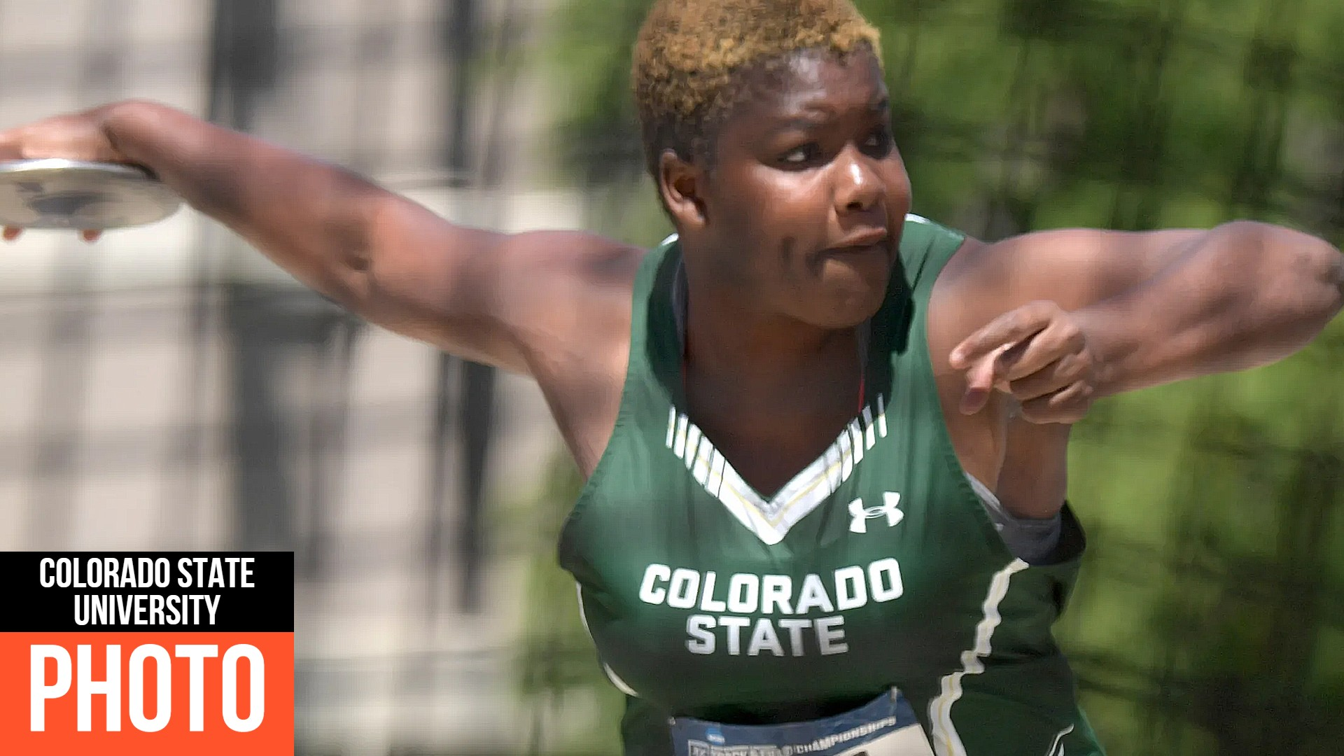 Shadae-Lawrence-competes-women-discus